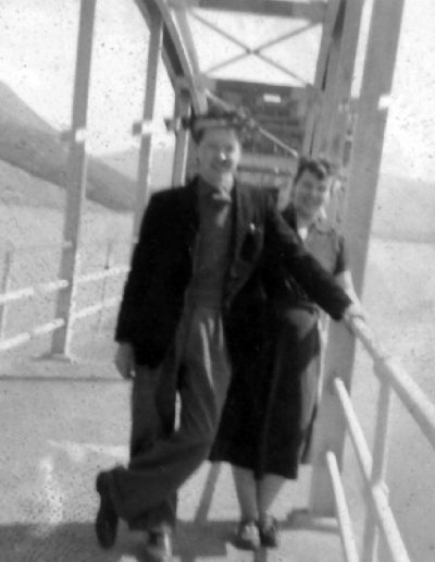 Tom and Molly, 40s