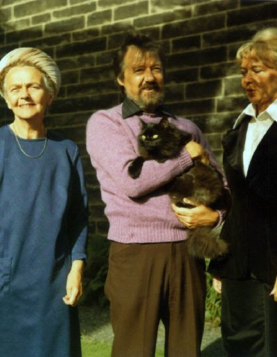 Jean Clark - Molly's mother, Tom, Molly & Spicy at 32 Helensburgh Drive.