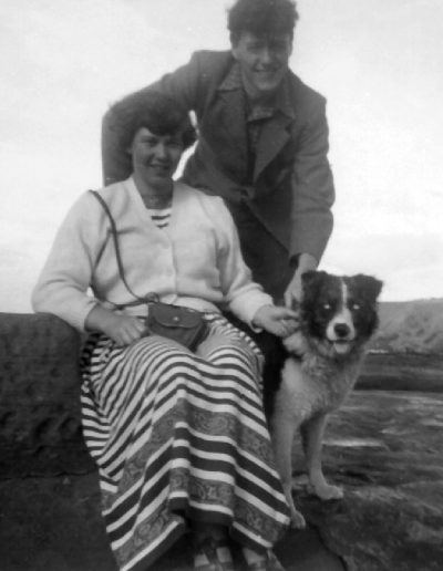 Tom and Molly with Gail, her parents Collie