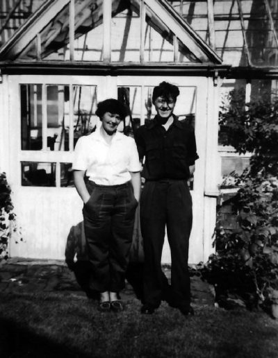 Tom and Molly at her parents house in Cumnock